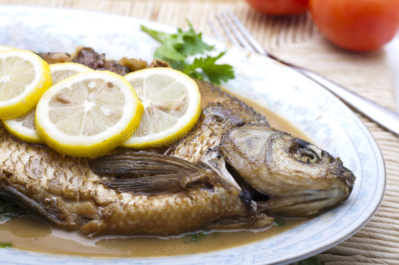 Poissons cuits image stock