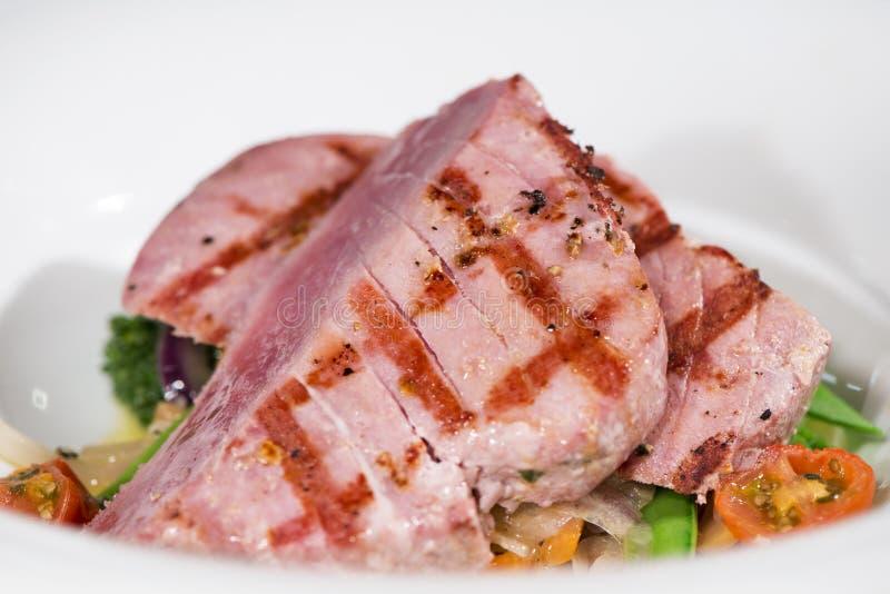 Poissons - truite saumonnée Tuna Steak images stock