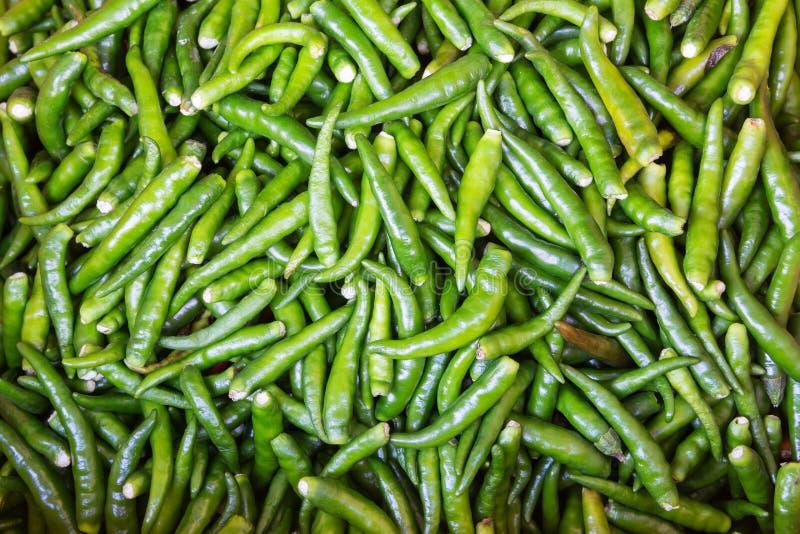 Download Poivre De Piments Vert Coloré Photo stock - Image du herbe, cuisinier: 56485944