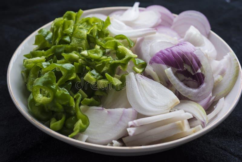 Poivron vert et oignon image stock