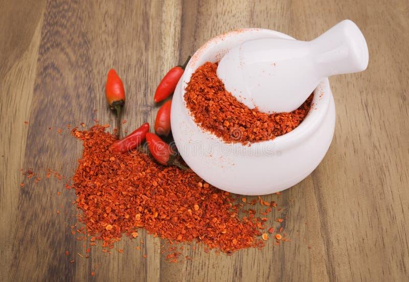 Poivrons de /poivron d'un rouge ardent écrasés photos stock