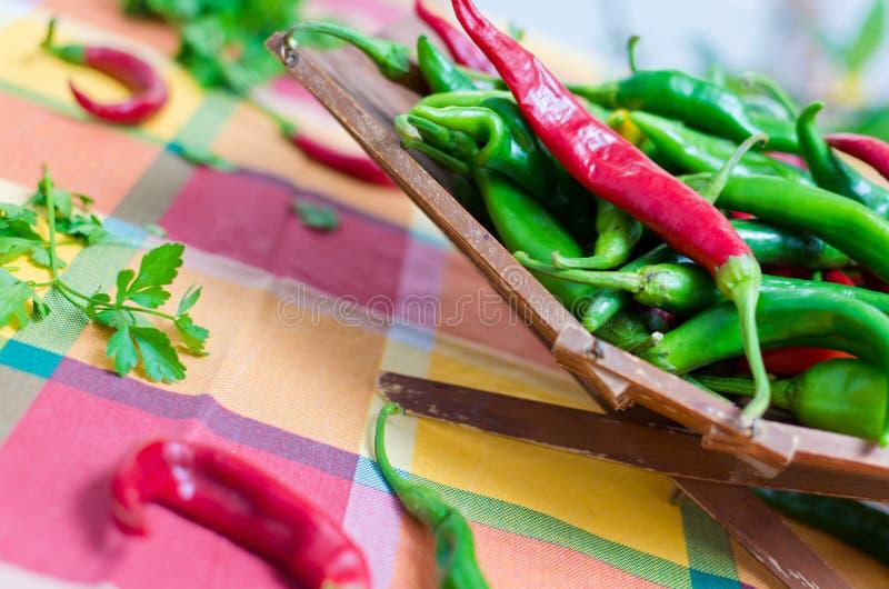 Poivrons rouges et verts images stock