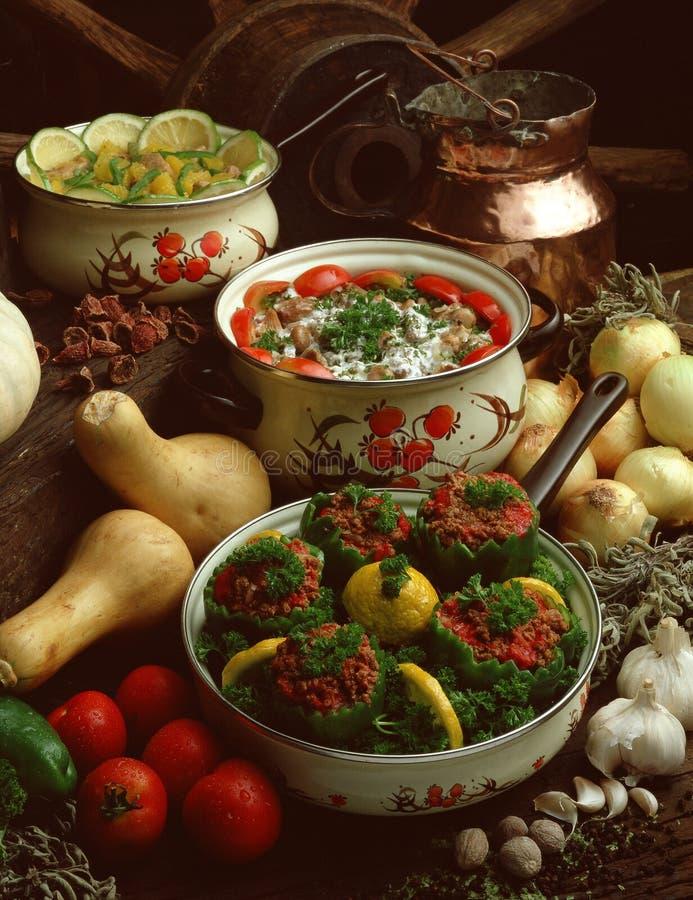 Download Poivrons verts bourrés photo stock. Image du cuisine, nourriture - 8659206