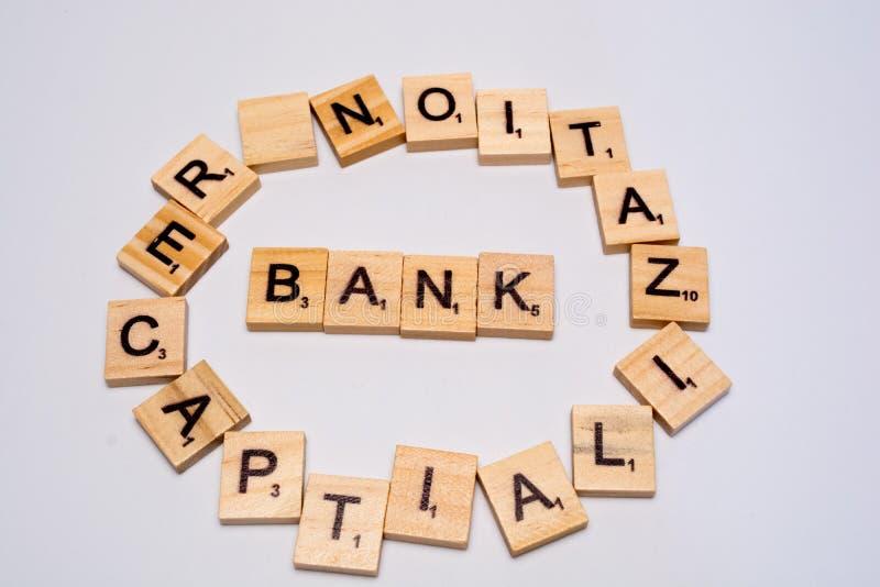 Pojęcie banka recapitalization na odosobnionym tle fotografia stock