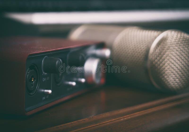 Pojęcie domowy muzyczny studio fotografia royalty free
