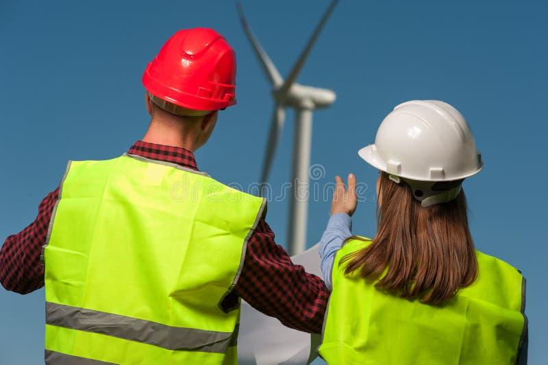 Pojęcie inżyniery i wiatraczki obrazy royalty free