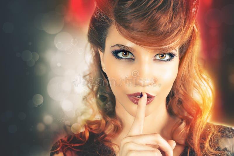 Pojęcie karnawałowi sekrety sekret abstrakcjonistyczna sztandaru mody fryzury ilustracja zdjęcie royalty free