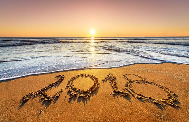 Pojęcie nadchodzący nowy rok i przechodzić czas zdjęcia stock