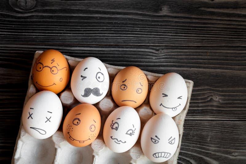 Pojęcie sieci ogólnospołeczna komunikacja i emocje - jajka zdjęcie stock