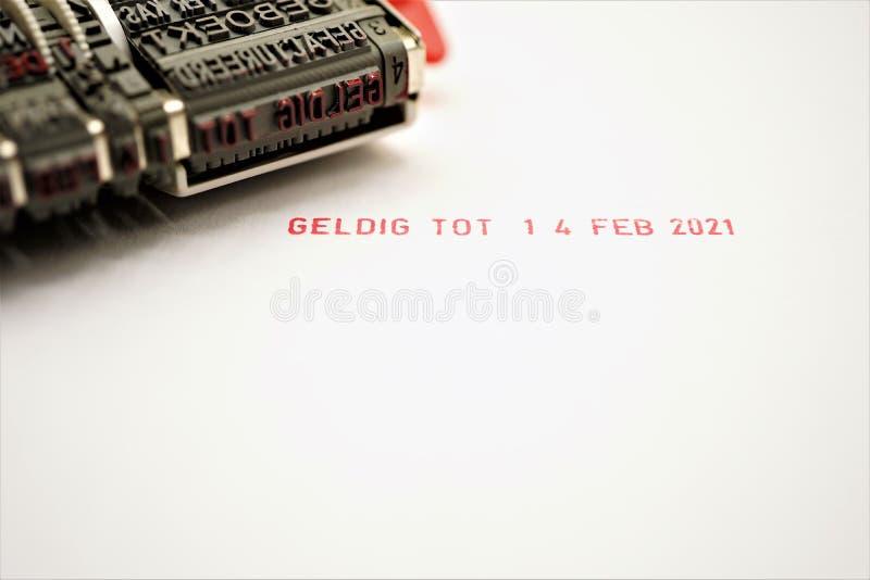Pojęcie walentynki dnia karta 2020 w holenderze, zaskakuje ważnego do Luty 14, 2021 Jeden rok miłość zdjęcie stock