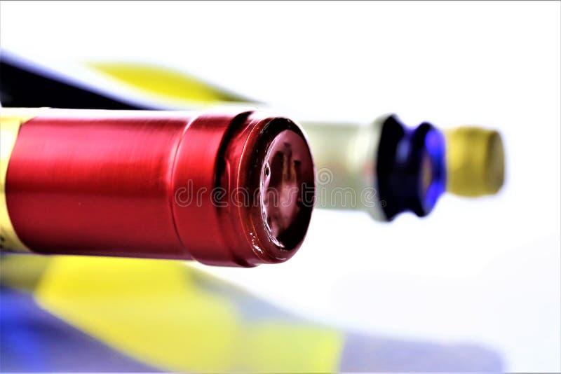 Pojęcie wizerunek niektóre wino butelka z kopii przestrzenią zdjęcie royalty free