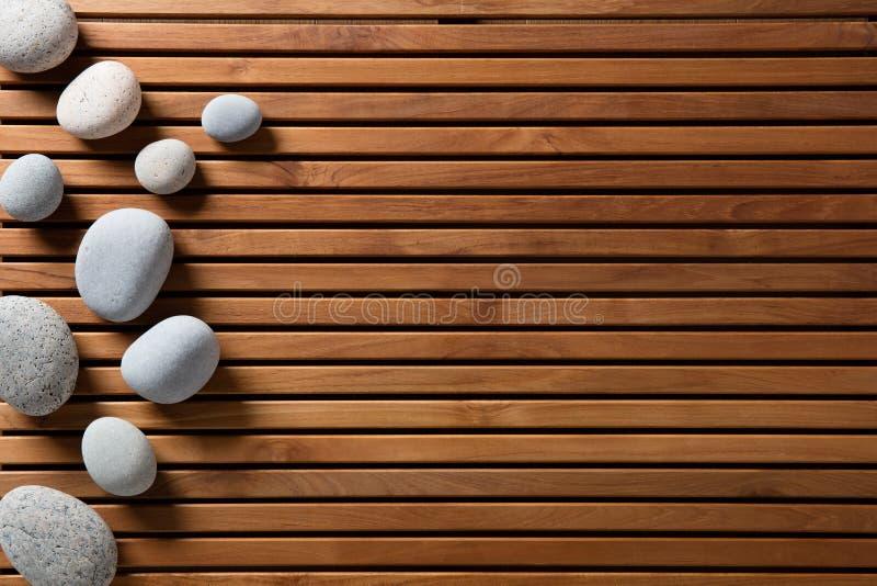 Pojęcie zen zdrój, masaż, mindfulness lub wellbeing, kopii przestrzeń obrazy royalty free