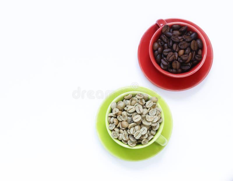 Pojęcie zielona i czarna kawa zdjęcia royalty free