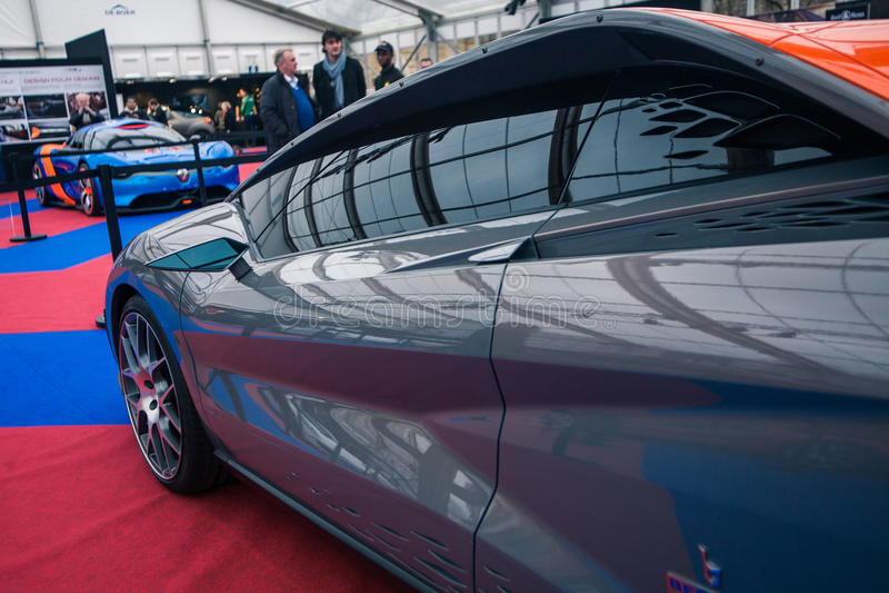 Download Pojęcie Samochodowy Bertone Nuccio Zdjęcie Stock Editorial - Obraz złożonej z status, scena: 28973188