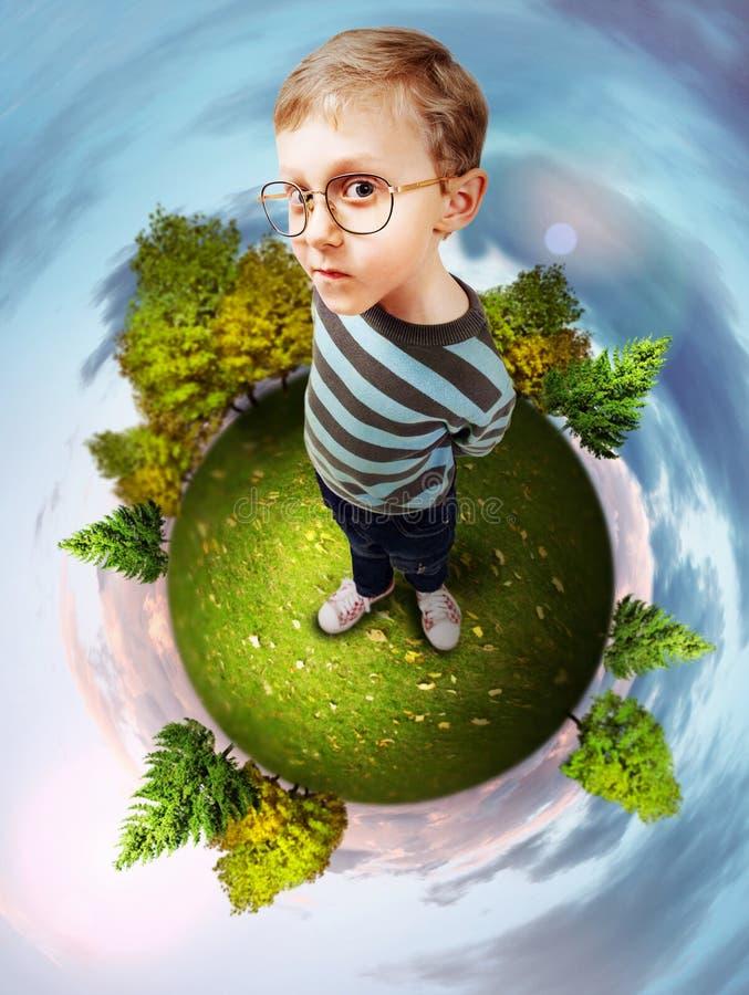 Download Pojęcie Wizerunek O Zielonej Planecie Obraz Stock - Obraz złożonej z pojęcie, ostrożny: 28961271