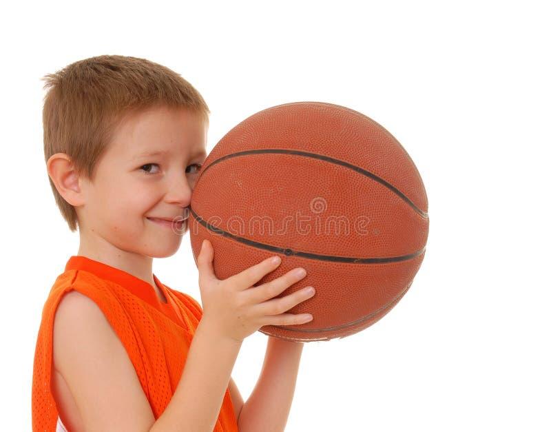 pojke för 13 basket arkivbild