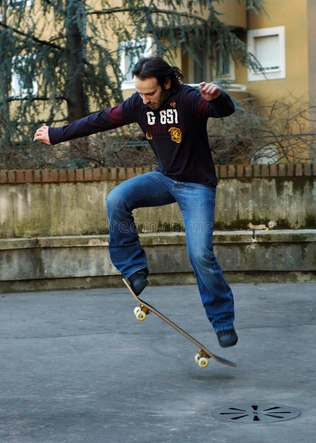 Pojke Ii Som Skateboarding Fotografering för Bildbyråer