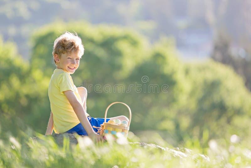 Pojke på easter tid royaltyfria bilder