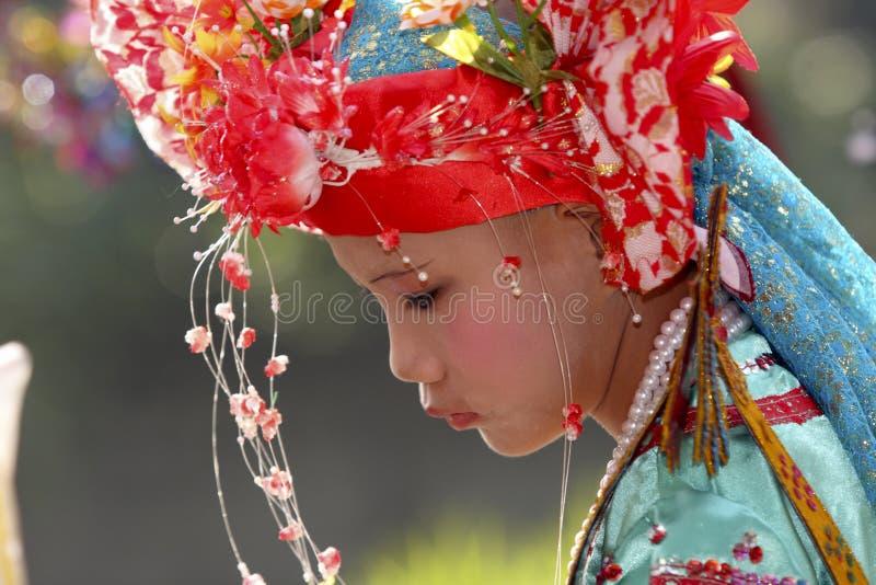 pojkeceremonifestivalen lång poi sjöng royaltyfria foton