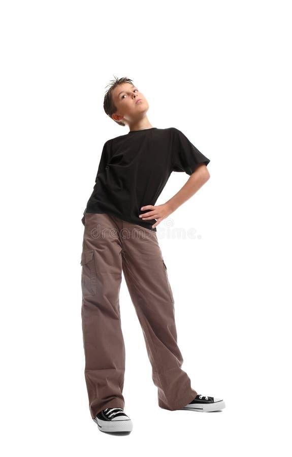 pojkestanding fotografering för bildbyråer