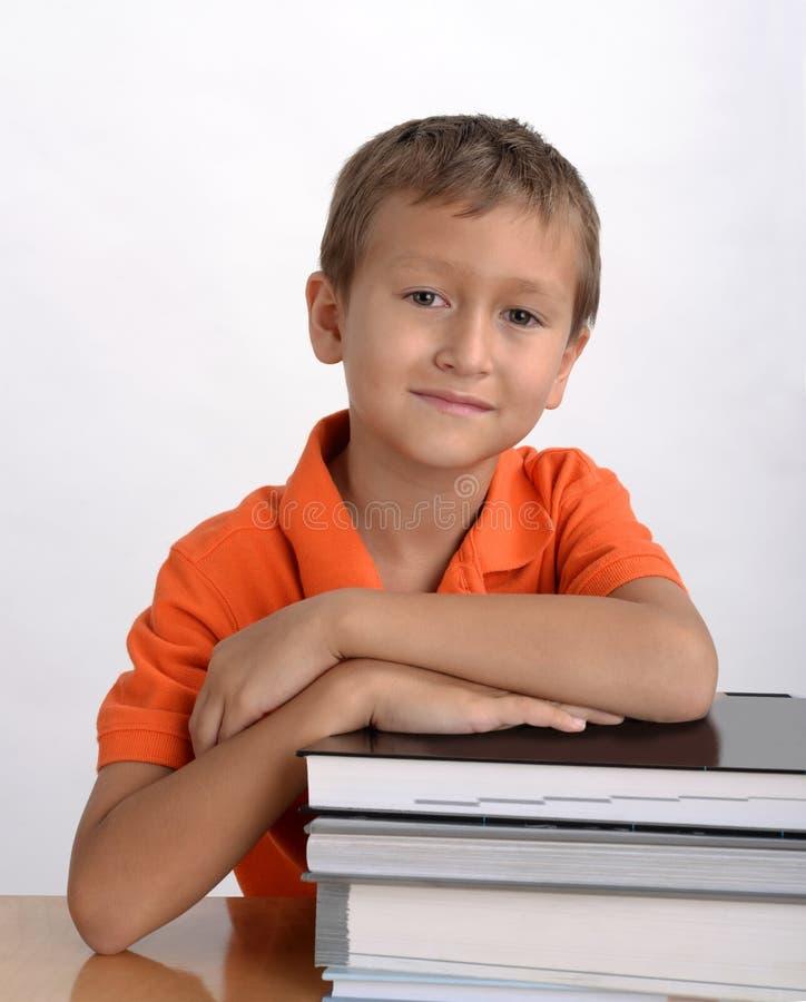 Pojkestudentstående royaltyfria bilder