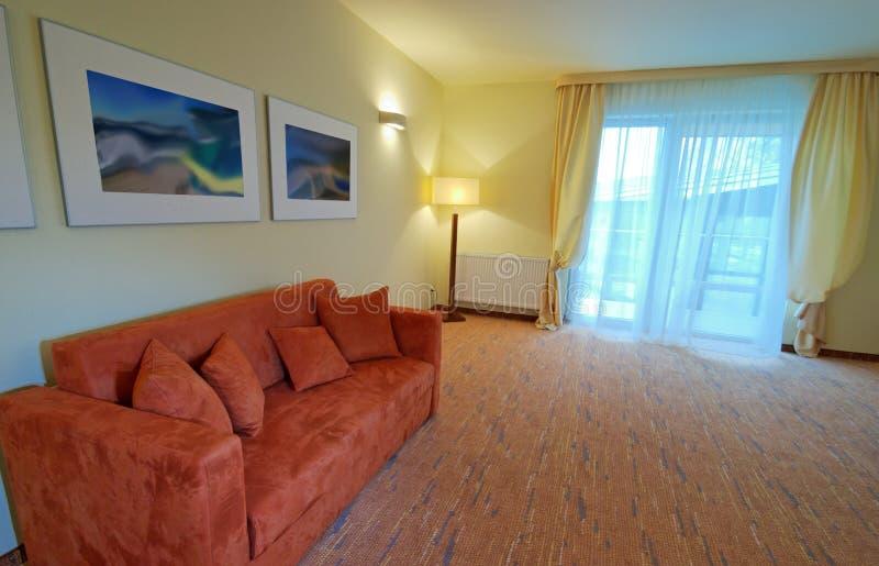 pokój hotelowy kanapa zdjęcia royalty free