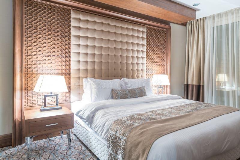 Pokój hotelowy z nowożytnym wnętrzem zdjęcie stock
