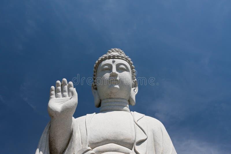 Download Pokój statua zdjęcie stock. Obraz złożonej z religia - 28969814