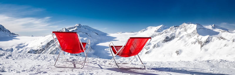 Pokładów krzesła na wierzchołku Alps i, Europa obraz royalty free