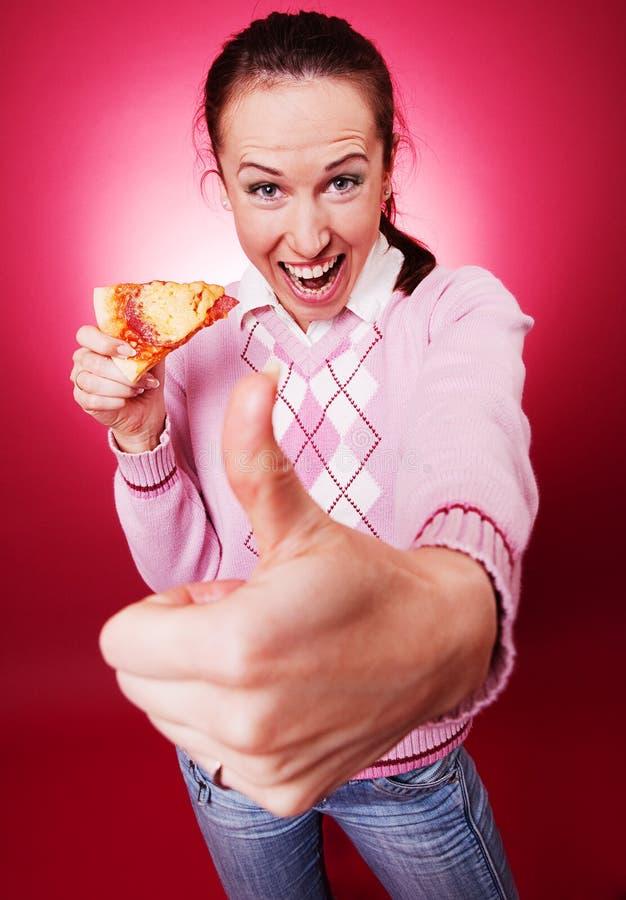 pokazywać aprobaty kobiety szczęśliwa pizza fotografia stock