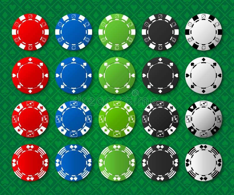 Pokerchips auf Poker-Tabelle stockfoto