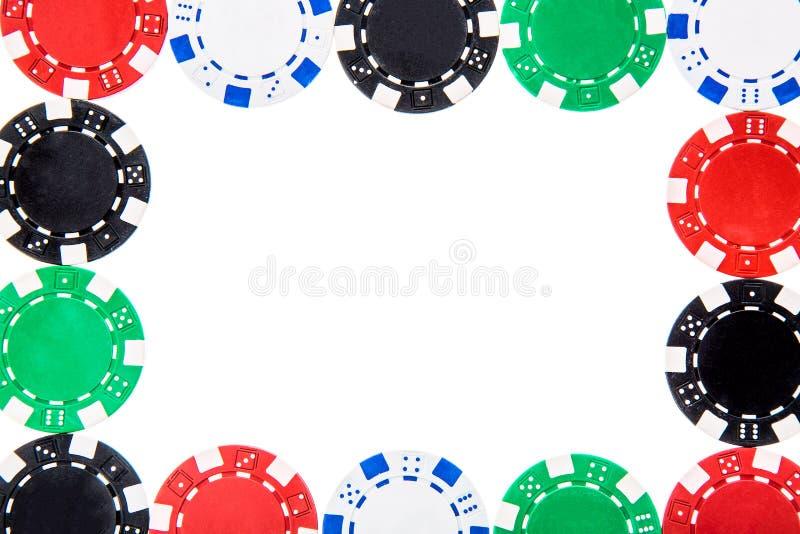 Pokerspielkasino bricht den Rahmen ab, der auf weißem Hintergrund lokalisiert wird stockfotografie