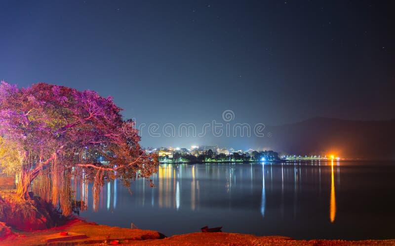 Pokhara Lakeside la nuit, Népal photo libre de droits