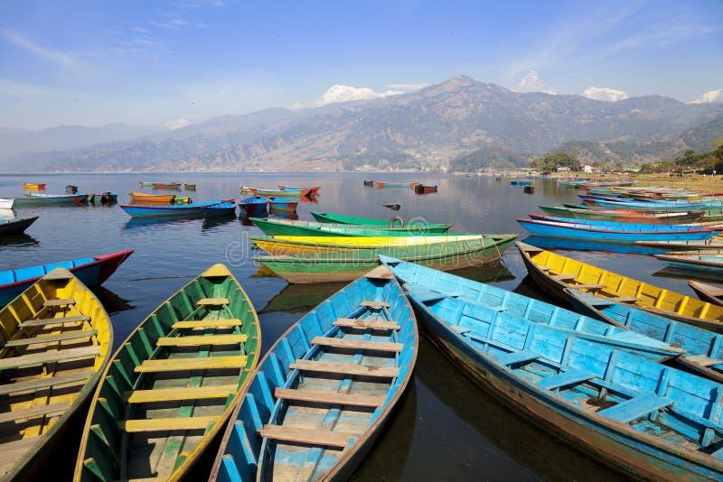 pokhara phewa του Νεπάλ λιμνών στοκ εικόνες