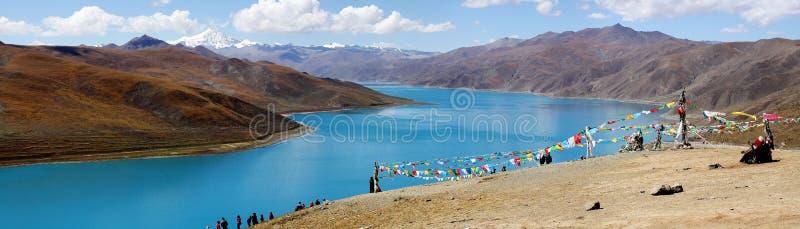 Pokojowy jezioro w Tibet obrazy royalty free