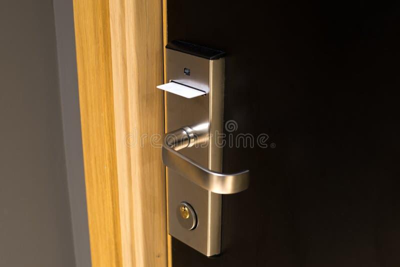 Pokoju hotelowego drzwi obrazy royalty free