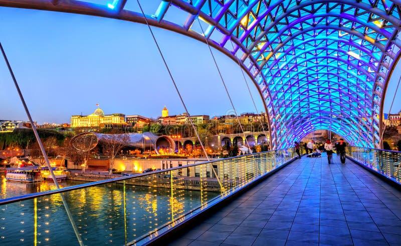 Pokoju most pałac w Tbilisi i prezydent, Gruzja zdjęcie stock