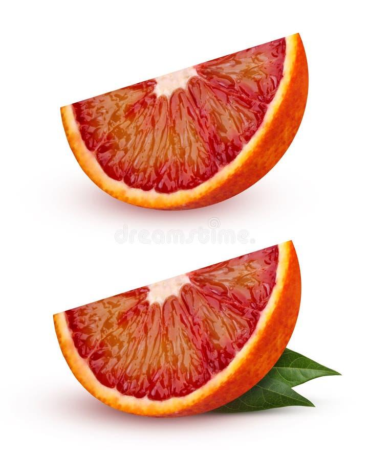 Pokrajać czerwoną krwionośną pomarańcze odizolowywającą na białym tle zdjęcia royalty free
