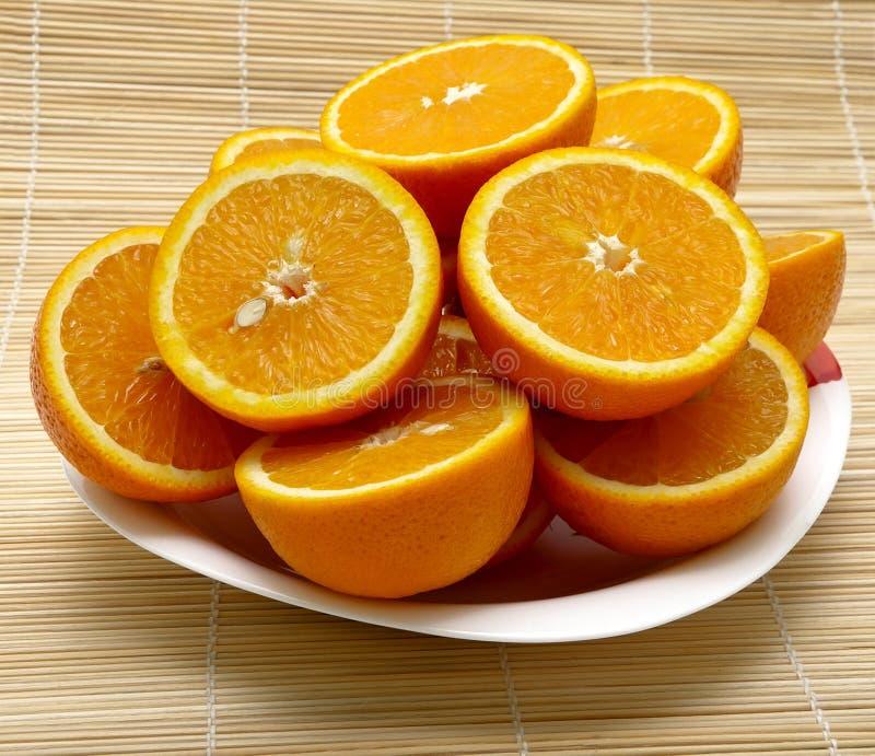 Pokrojony dojrzały soczysty pomarańcze zbliżenie fotografia royalty free