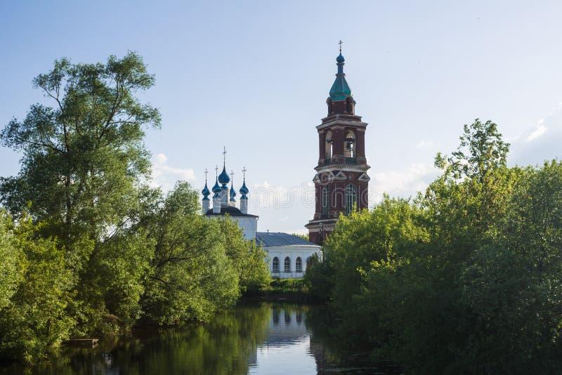 Pokrovskaya i Nikita kościół w Yuryev-Polsky, Vladimir region, Rosja złocisty pierścionek Russia obrazy royalty free