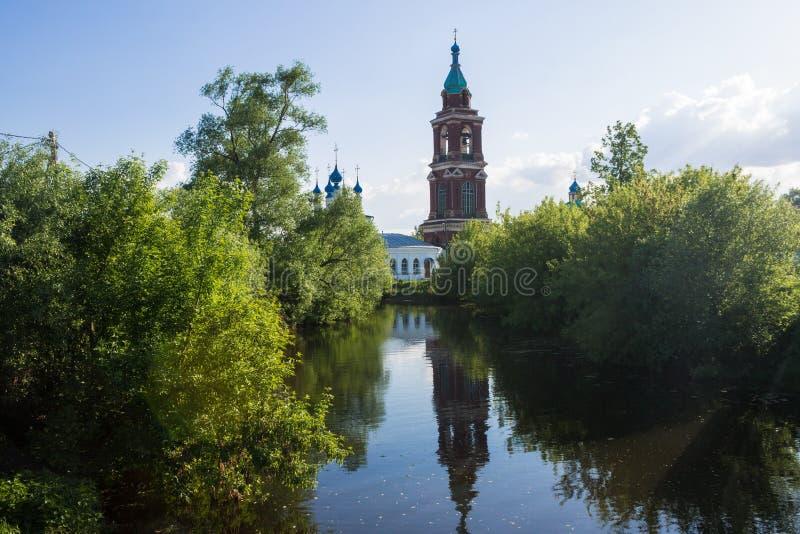 Pokrovskaya i Nikita kościół w Yuryev-Polsky, Vladimir region, Rosja złocisty pierścionek Russia zdjęcie stock