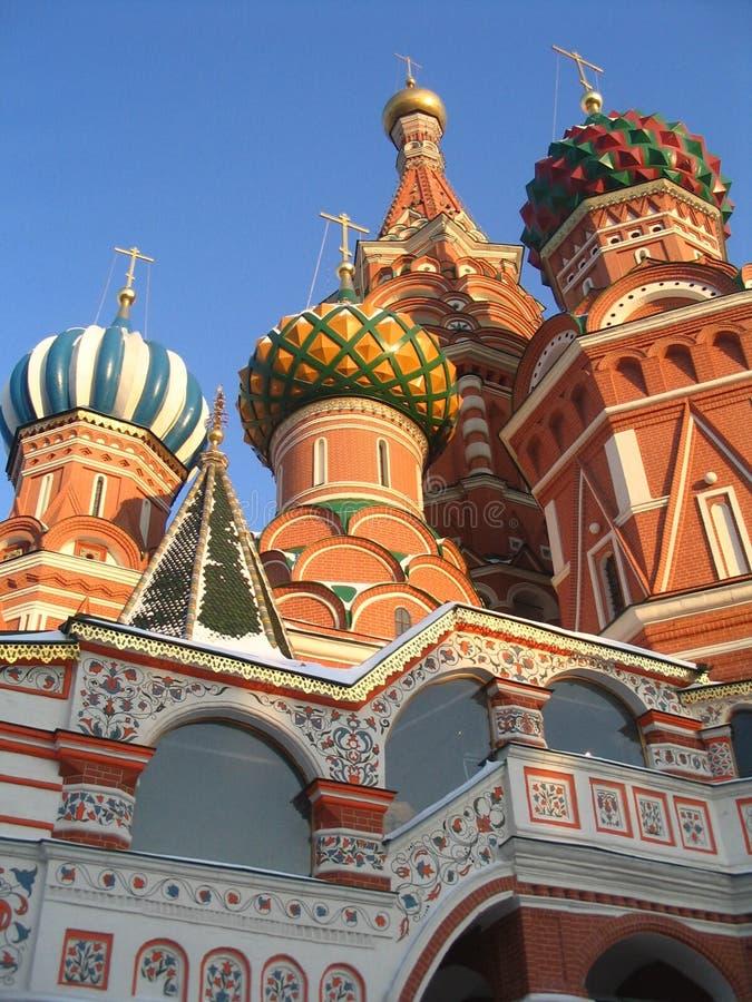 pokrovsky kyrkliga cupolas royaltyfri bild