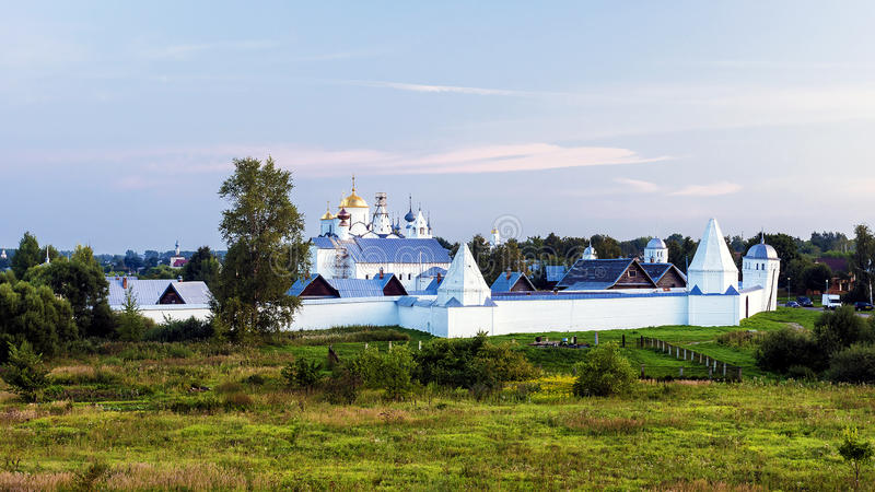 Pokrovskyklooster in Suzdal Rusland royalty-vrije stock afbeelding