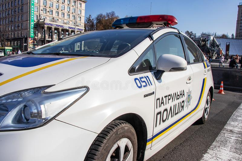 Polícia de patrulha ucraniana - proteção de carro Ucrânia Kiev 26 12º 2019 fotos de stock royalty free