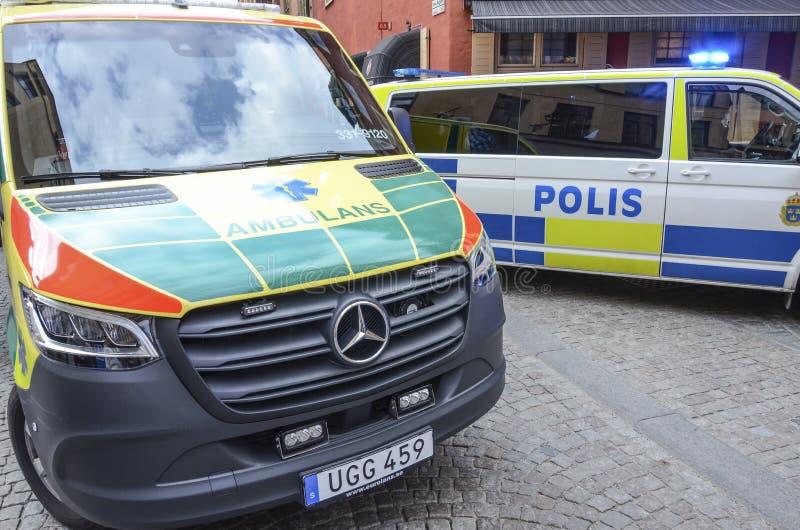 Polícia e serviços médicos, Éstocolmo, Suécia foto de stock