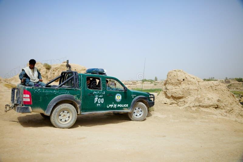 A polícia nacional afegã vai em uma missão fotografia de stock royalty free