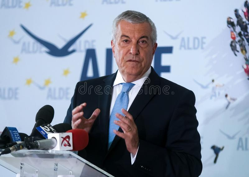 Política de Rumania - Calin Popescu Tariceanu - funcionamiento para la presidencia fotos de archivo