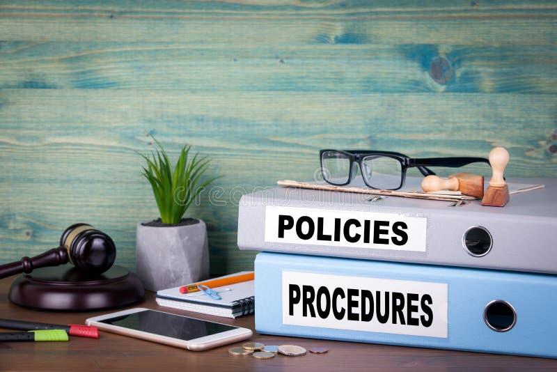 Políticas e procedimentos Fundo bem sucedido do negócio, da lei e do lucro imagens de stock