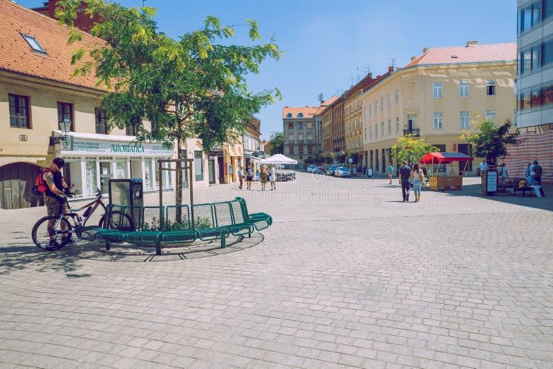 Pola, Crotia, 2016, vista della via Vecchia città ` s una foto di viaggio fotografie stock
