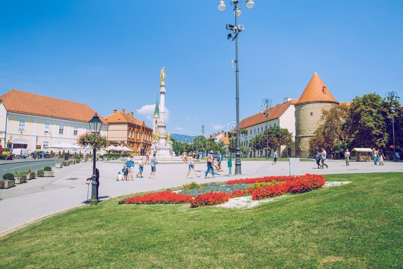 Pola, Crotia, 2016, vista della via Vecchia città ` s una foto di viaggio immagini stock